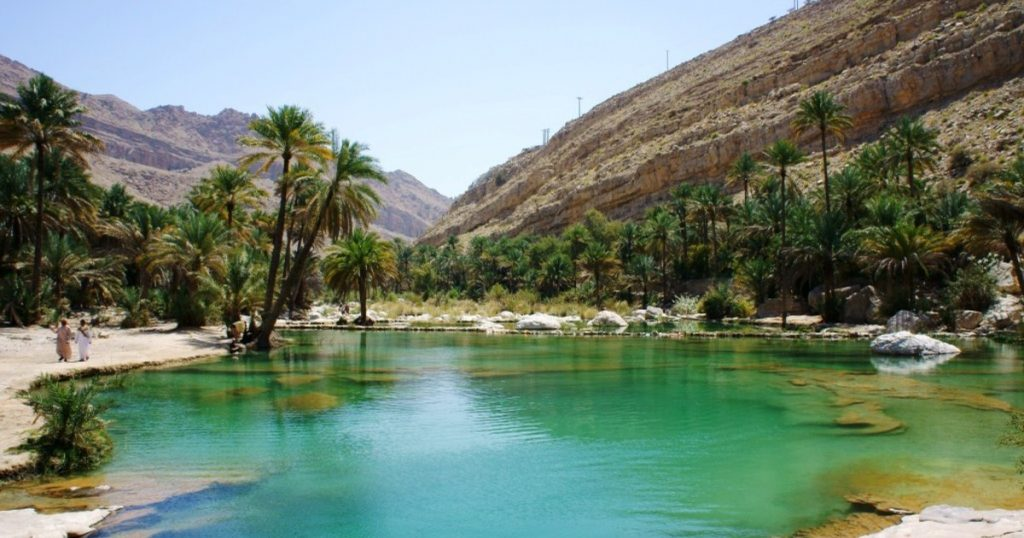 Oman Tours: Wahiba Sands and Wadi Bani Khalid