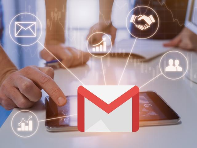 AMP for Email applications in the travel industry