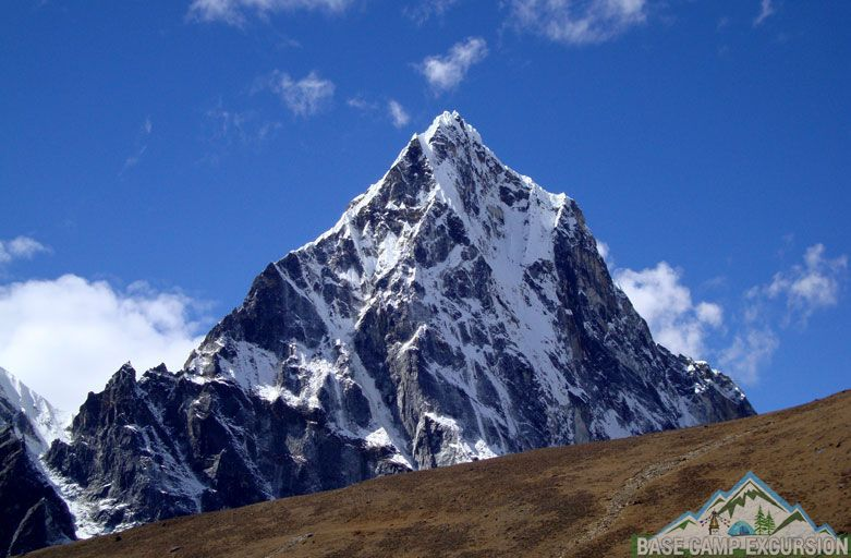 Why visit Nepal? presents Everest base camp trekking tour