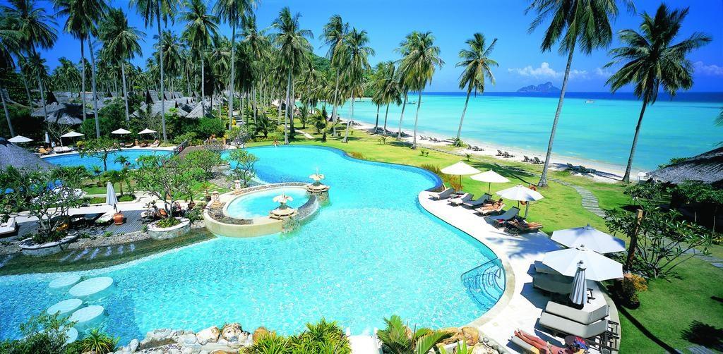 Speedboat Phi Phi islands tour